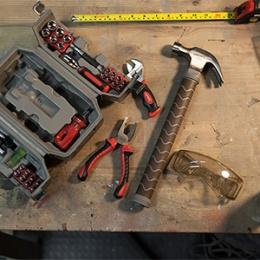 kjhi_marvel_thor_hammer_toolbox_inuse